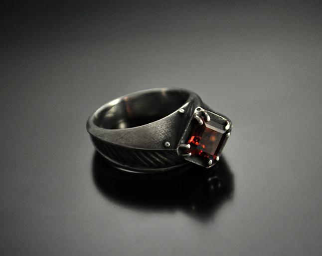 tristitia-ring-01